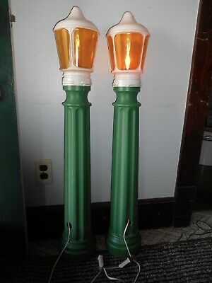 1988 Set/2 Union Products Christmas Green Blow Mold Lamp Posts W Flame 40""