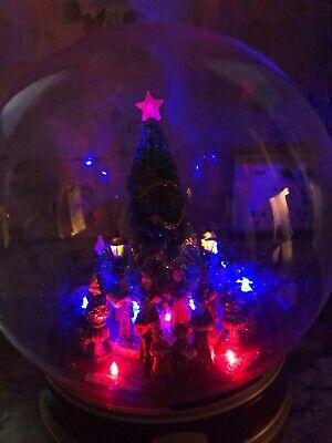"Animated Musical Lighted Christmas Tree Globe 13"" Tall Carolers Lamp Posts"