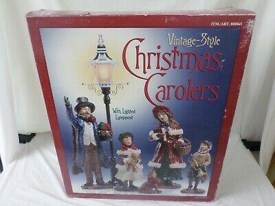 Costco Kirkland Vintage-Style Christmas Carolers w/ Lighted Lamp Post BRAND NEW
