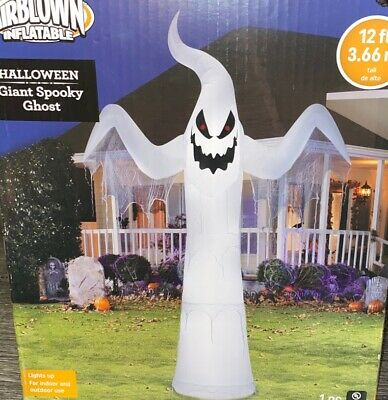 NEW Halloween Airblown Giant Spooky Ghost Lighted Airblown Inflatable 12 Foot