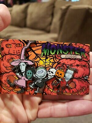Halloween 3 Nightmare Before Christmas Horror Enamel Pin Mash Up Michael Myers