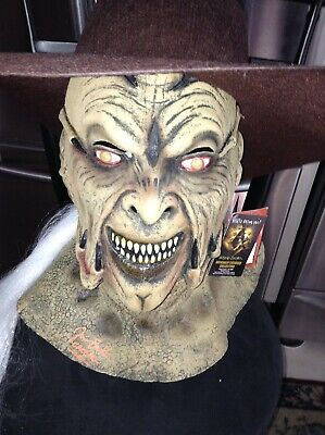Jeepers Creepers JONATHAN BRECK SIGNED MASK WITH HAT TRICK OR TREAT STUDIOS TAGS