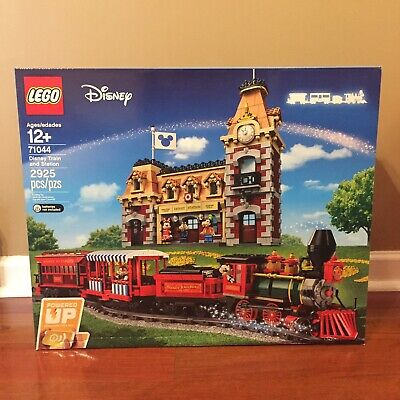 Lego Disney Train and Station 71044 Mickey Minnie Goofy Chip Dale Minifigures