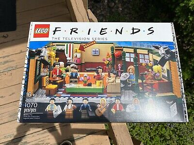 Lego Friends Central Perk 21319 Brand New 1070 Pcs Set 16+