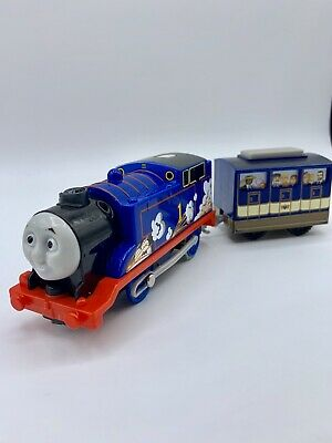 Trackmaster Thomas & Friends Steam & Sparks 2014 Motorized Train With Coach