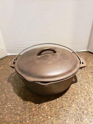 VINTAGE CAST IRON DUTCH OVEN WITH LID MADE IN THE USA #8-B (7)
