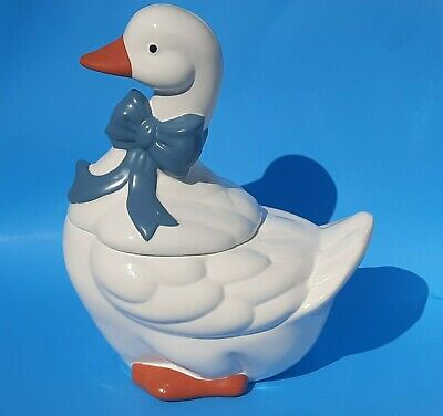 Vintage Christmas Holiday White Goose/Duck Cookie Jar Blue Bow Taiwan