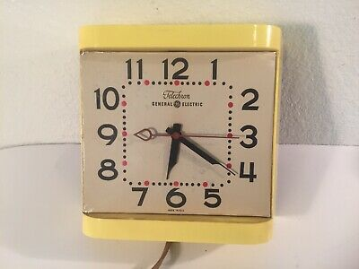 Retro Kitchen Clocks