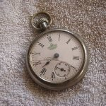 ingersoll maple leaf pocket watch